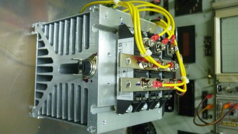 Circuito Retificador : Retificador trifásico lsis semicondutores e circuitos integrados